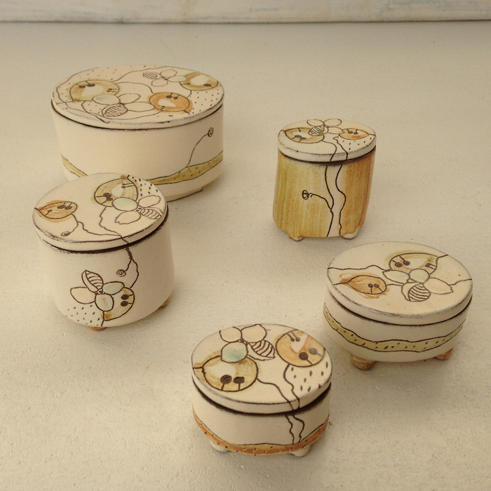 Boîtes rondes et ovales de 25€ à 40€ ref.SO/boîteO/prix