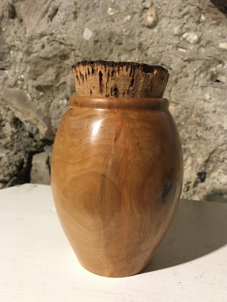 Boîte prunier 48€ (D8,5-H11cm)